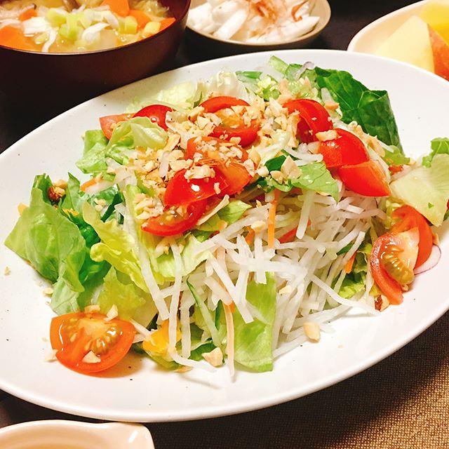 大量消費できるレシピ!ミニトマトのサラダ