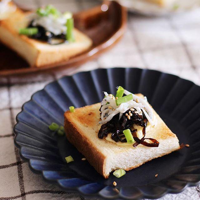 大量消費できる食べ方!しらすとしそ昆布の一口パン