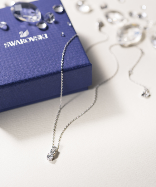 [SWAROVSKI] Attract Trilogy Round ペンダント