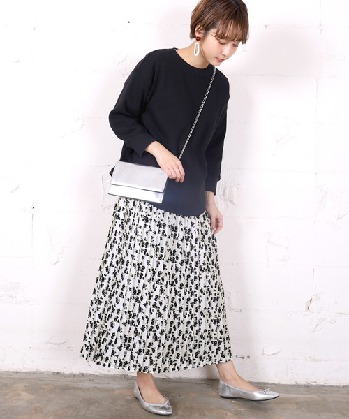[coca] 上品花柄ロング丈プリーツスカート