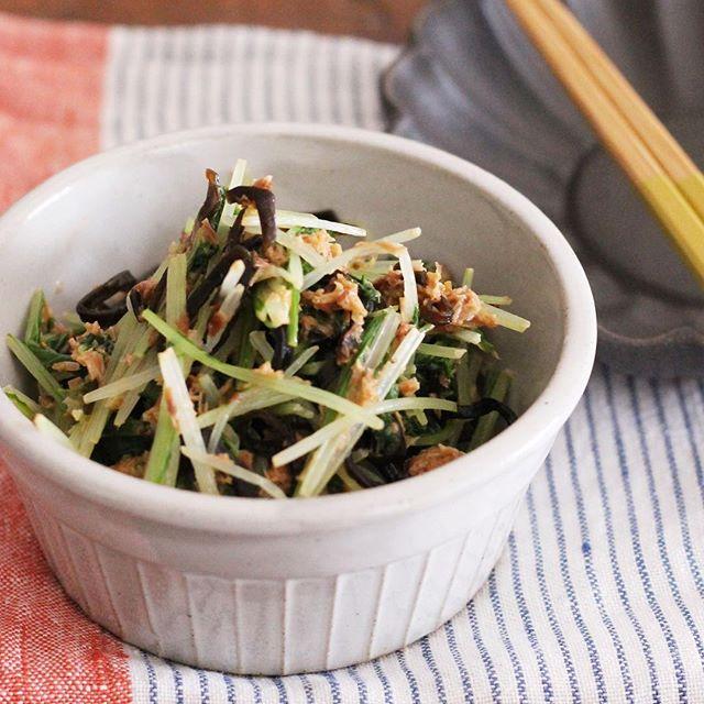作り置きで人気の保存食!水菜のマヨ塩昆布和え
