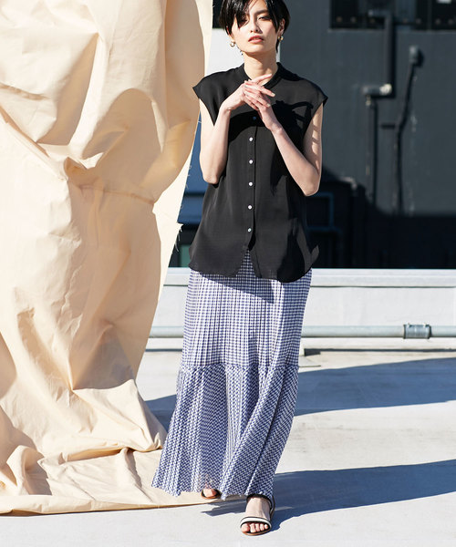 シフォン素材のスカート