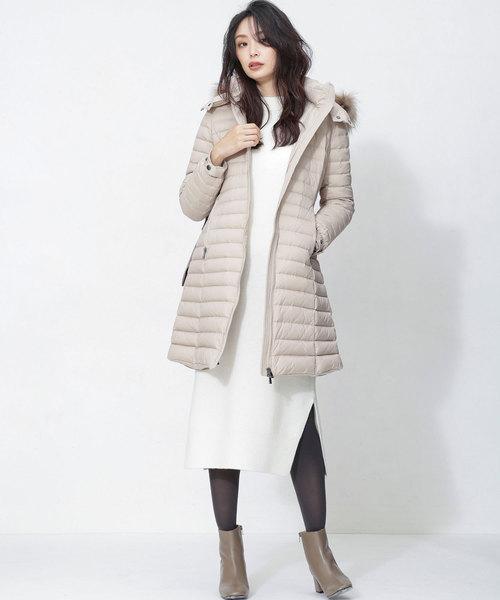 ロング丈ダウンジャケットの冬ファッション