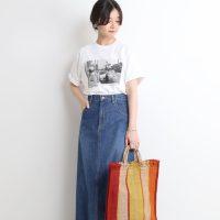 プリントTシャツのレディースコーデ【2020最新】おしゃれな大人女性スタイル♪