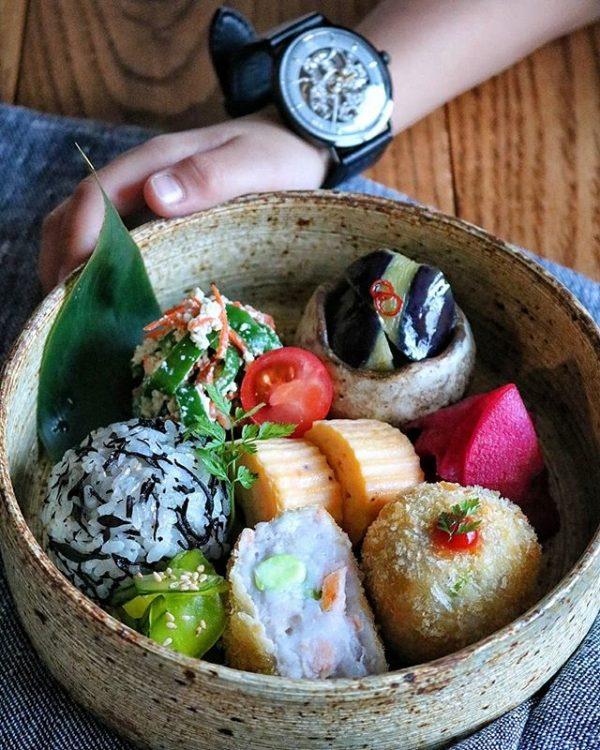 大量消費レシピ!鮭と枝豆の里芋コロッケ