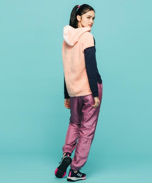 [adidas] フード付きスウェットシャツ [Hooded Sweatshirt] アディダス