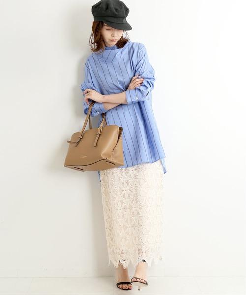 青ブラウス×レースタイトスカートの夏コーデ