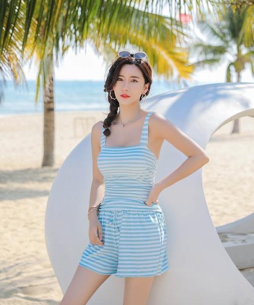[Angel Luna] 【5点セット】Tシャツ付 体型カバー タンキニ 水着