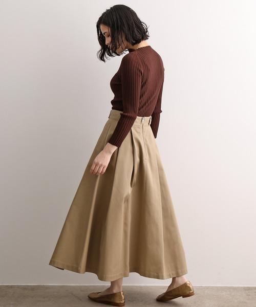 リブカットソー×フレアスカート