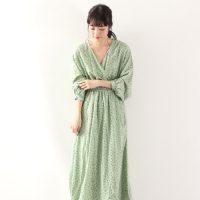グリーン系花柄ワンピースコーデ15選♪爽やか旬カラーでトレンドスタイル