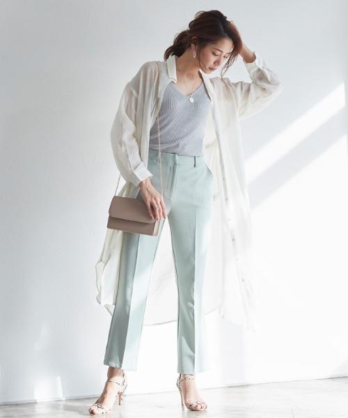きれいめパンツの服装