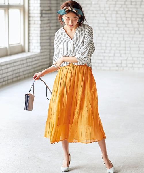 スキッパーシャツの華奢見せファッション