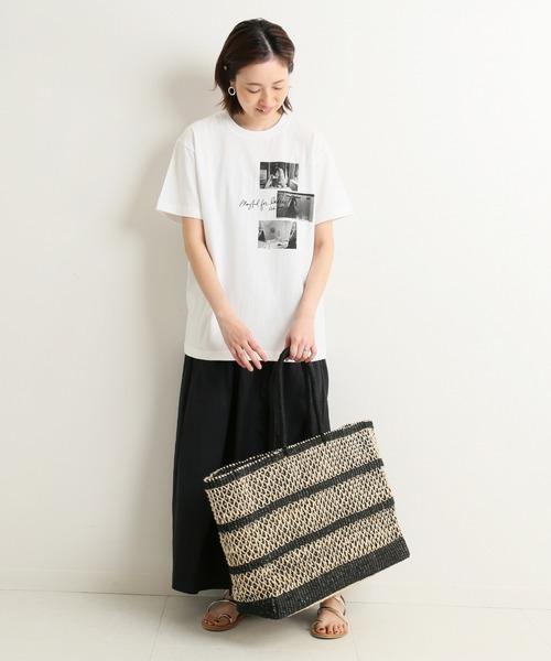 コラージュフォトプリントT×黒スカート