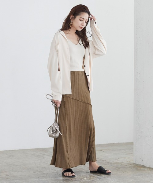 ロングスリーブシャツ×メロースカート