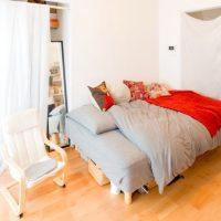 落ち着く空間に整えたい。おしゃれなベッドルームのインテリア実例みせて!