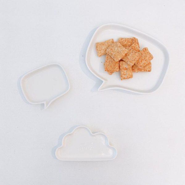吹き出し型ダイソープレート&スナック菓子
