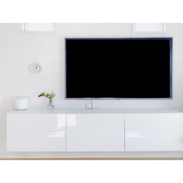 シンプルデザインのIKEAのテレビボード