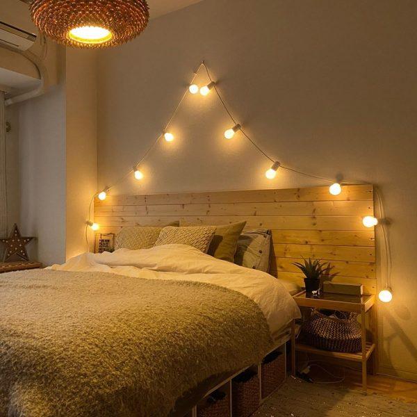 ガーランドライトが可愛い寝室