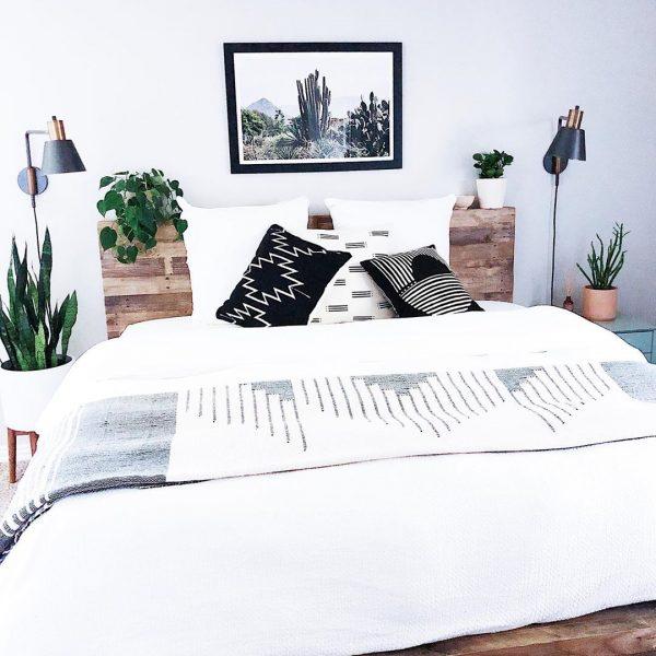 オーバーサイズが基本の海外風ベッドルーム