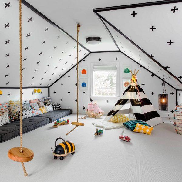 天井&壁もユニークなキッズルーム