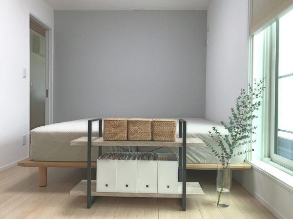 家具の角がベッドに向かないように模様替え