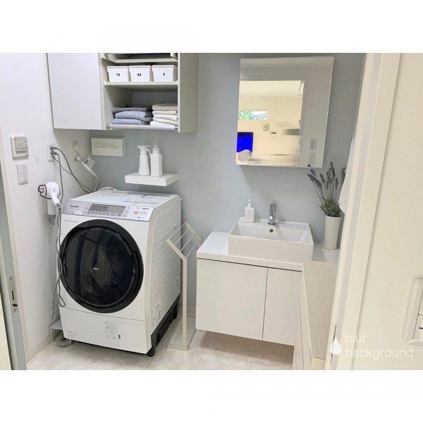 洗面所をすっきり見せるIKEAの棚