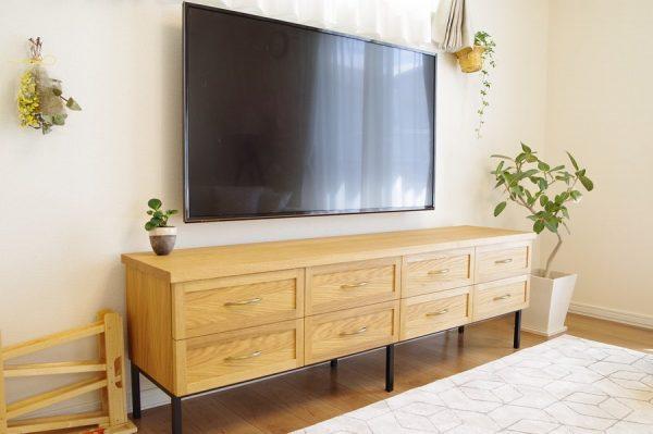 キャビネットタイプのテレビボード