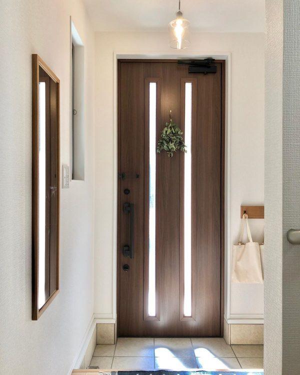 木製ドア×グリーンが爽やか
