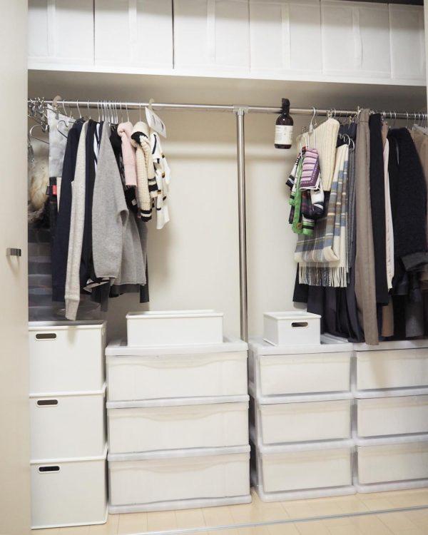 シンプルデザインの収納ボックスが活躍