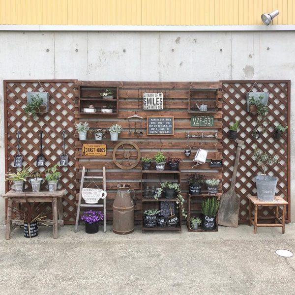 ラティスで作るお家の外壁を活かしたお庭