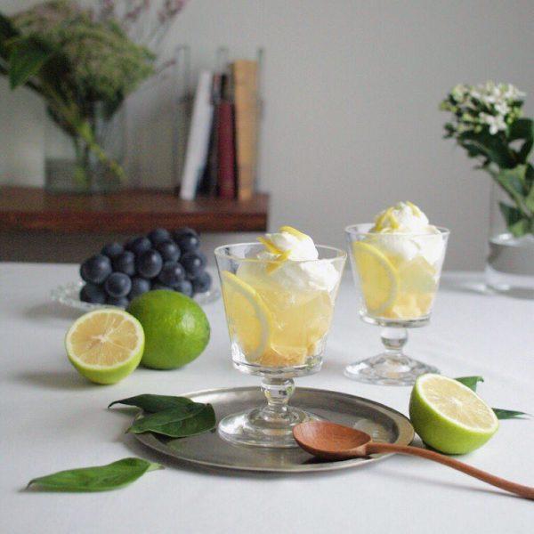 レモンゼリーと濃厚ホイップクリームのトライフル