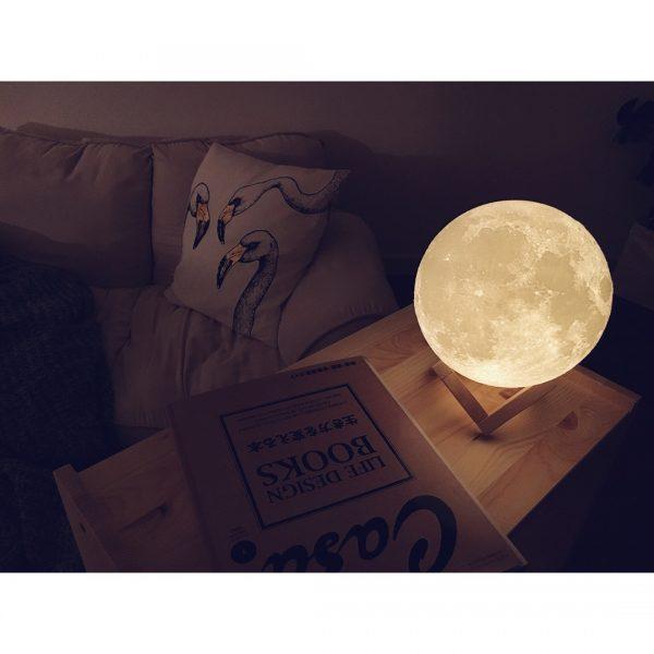 「TOOGE」の月モチーフランプ