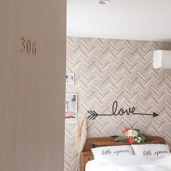 ベッドルームのアクセントクロス実例