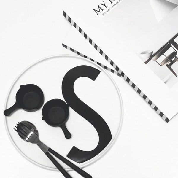 シリコーン製のスキレットカップ
