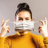 正しく付けなきゃ意味がない!マスクの裏表の見分け方と正しい付け方を解説