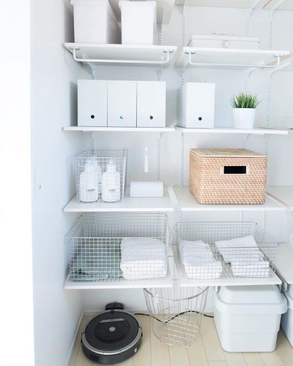 タオルや洗剤の収納