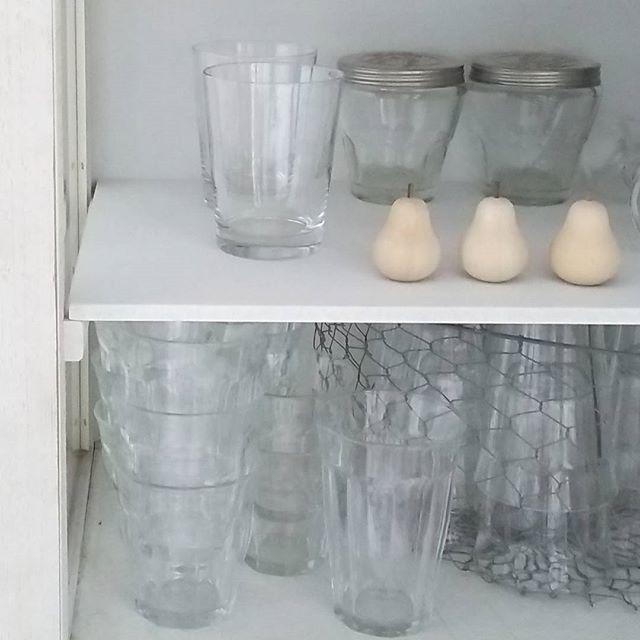 グラスをまとめて収納する方法