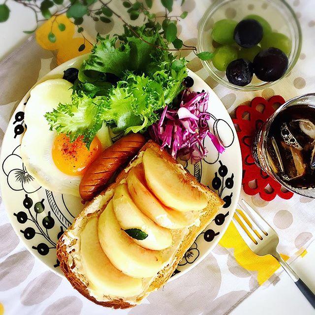 夏の食材!人気の桃トースト