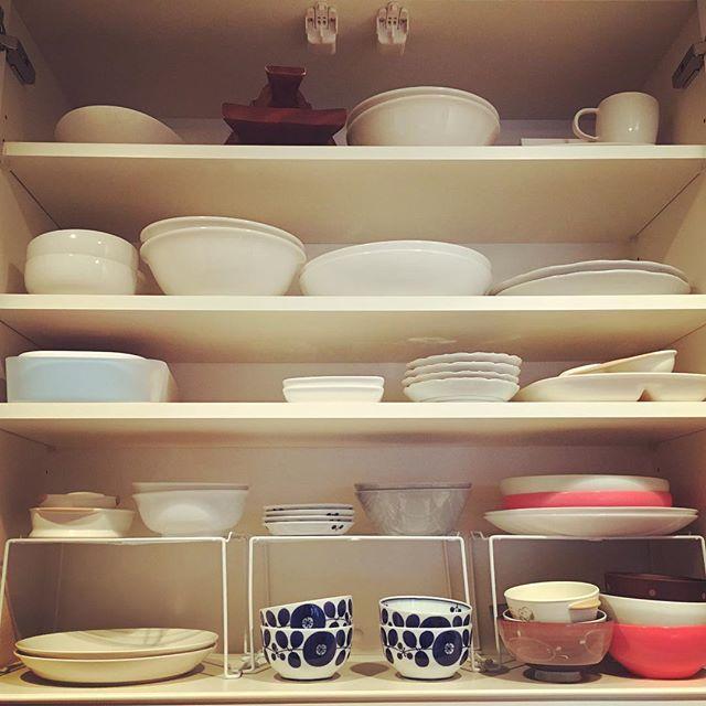 使う頻度で分ける食器の収納方法
