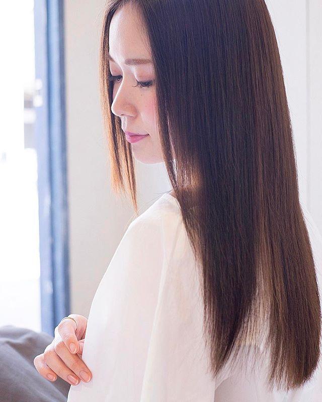 【2020秋最新】ロング×ストレートの髪型