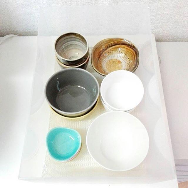 引き出しを設置して食器を収納する方法