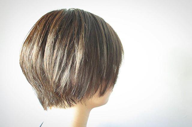 ショートボブに似合うおすすめ髪色14