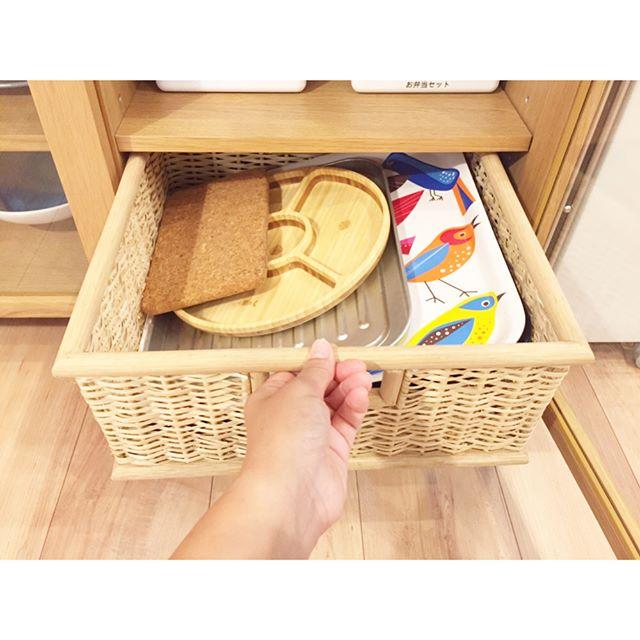 食器棚の収納アイデア18