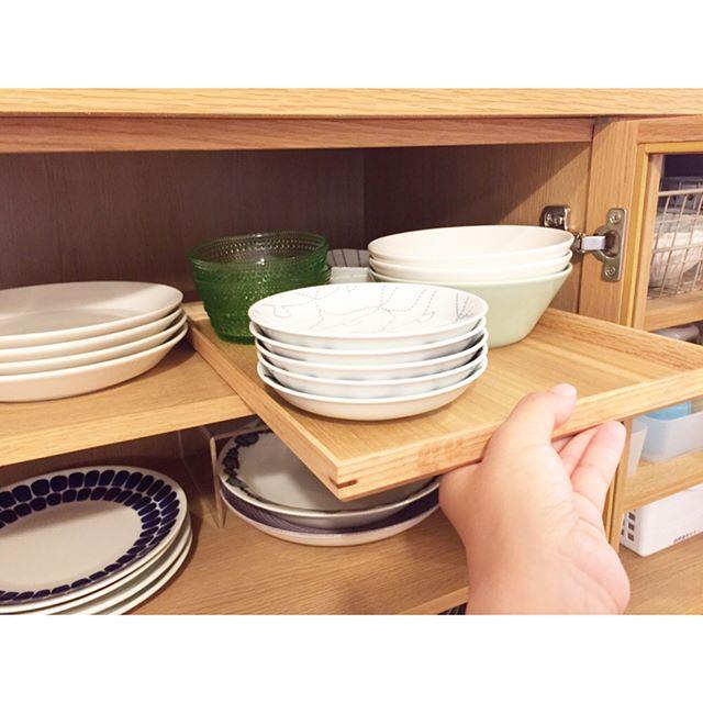 食器棚の収納アイデア