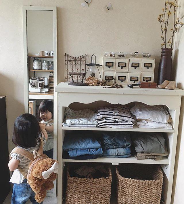洋服の収納アイデア《棚》3