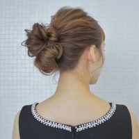 シニヨンの簡単な作り方!すぐにトライできる初心者向けのヘアアレンジ方法♪