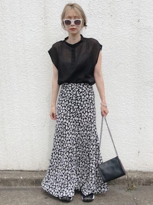 ZARA 小花柄ロングスカート