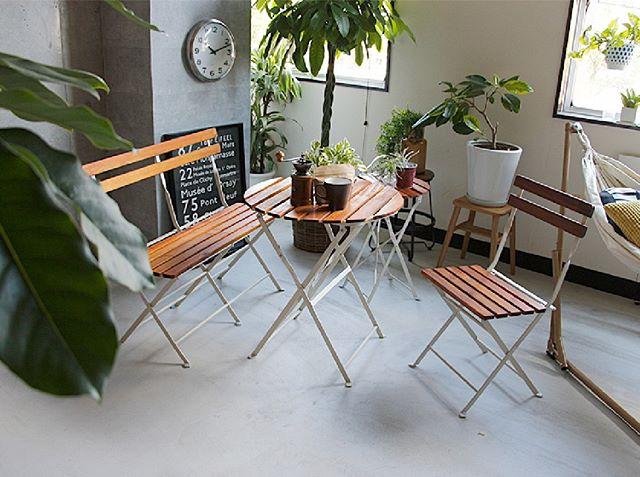 室内でも清々しいテラスカフェ風インテリア