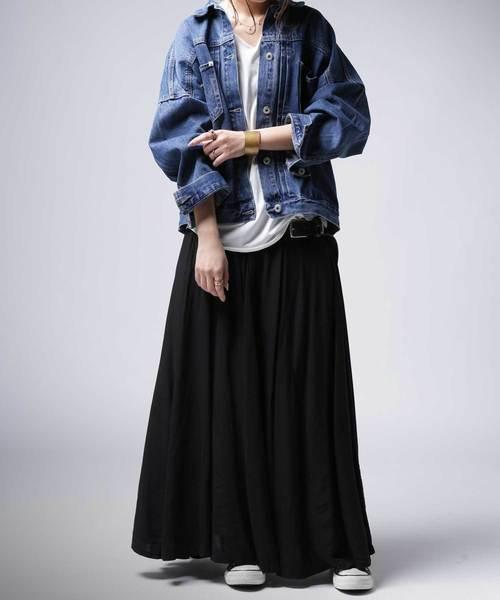 デニムジャケット×デザインスカート