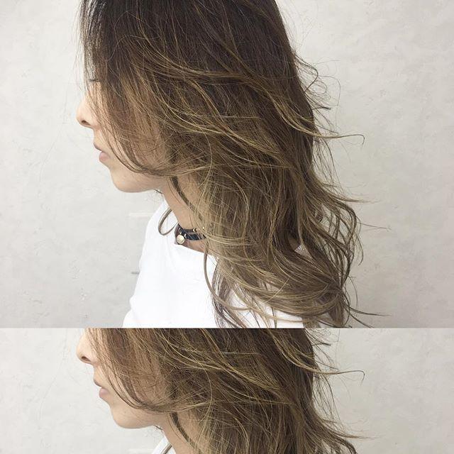 明るめのグラデーションカラーの髪色